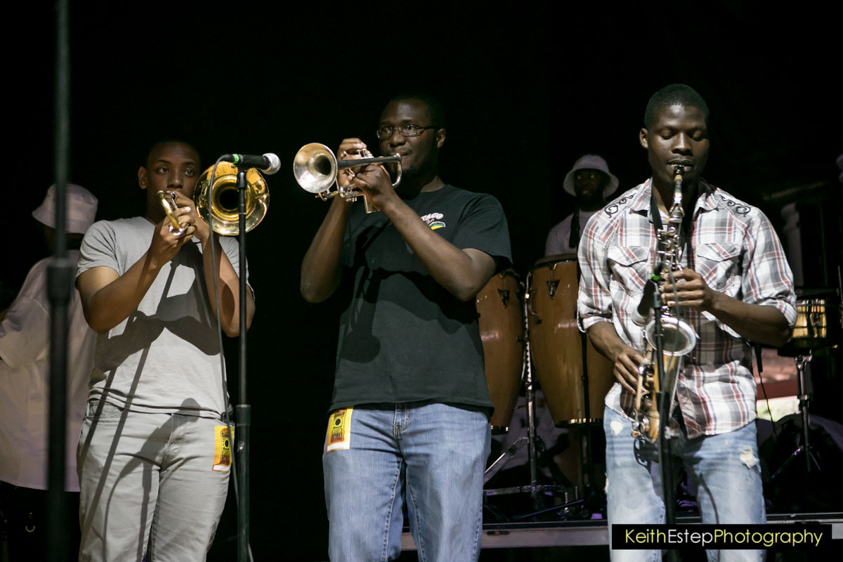 SoulBounce Live: Junkyard Band & Backyard Band Live At The ...