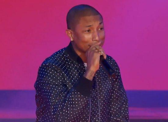 pharrell-williams-nba-all-star-game-performance-screenshot