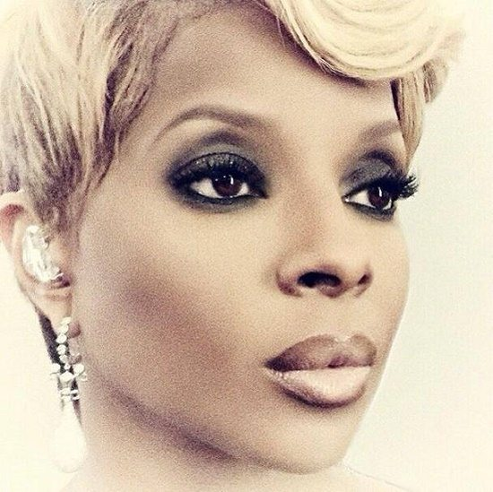 Mary J Blige Smoky Eye