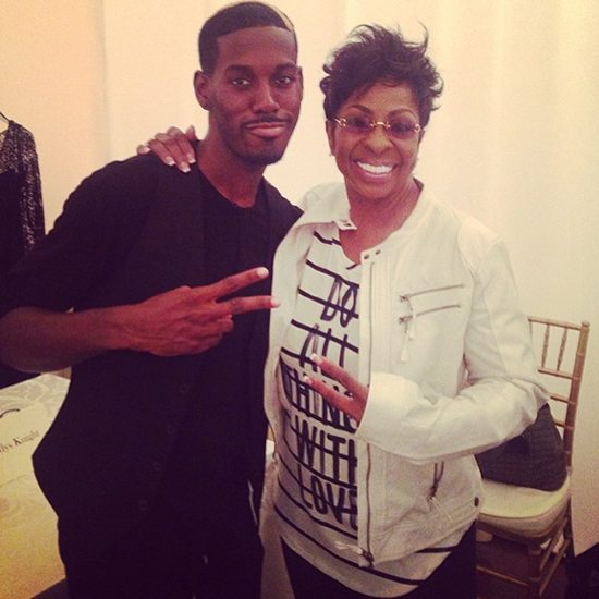 Gladys Knight And Avehre