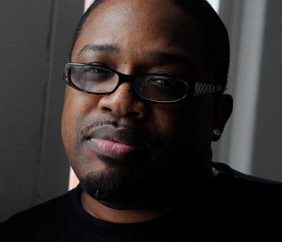 Dave Hollister Black Shirt Glasses