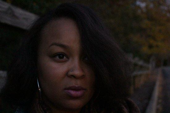 jessica-newry-hair-over-eye