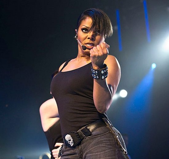 Janet-Jackson-Black-Tank