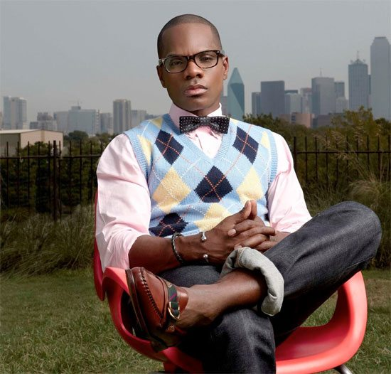 kirk-franklin-red-chair