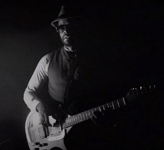 Adrian-Younge-Sittin-By-Radio-Video