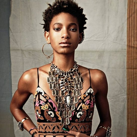 Willow-Smith-Emerald-Nails