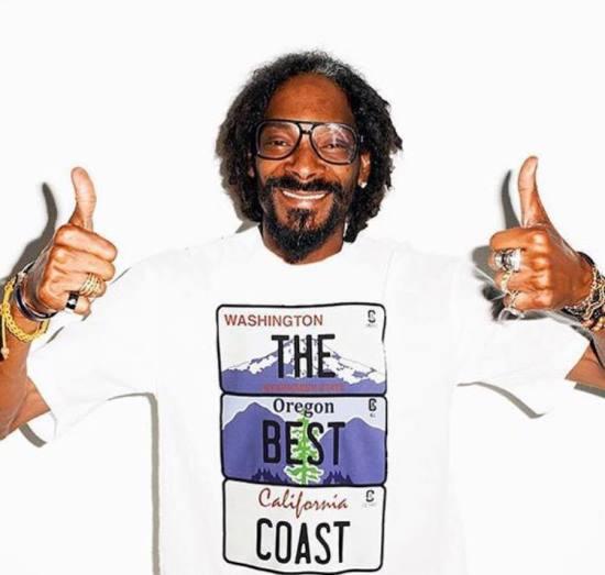 snoop-dogg-glasses-west-coast-shirt-thumbs-up