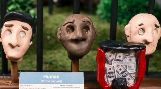 cool-uncle-ceelo-green-mercy-music-video-claymation-heads