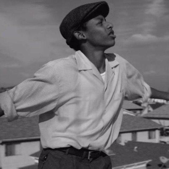michael-kiwanuka-black-man-in-a-white-world-dancer-music-video