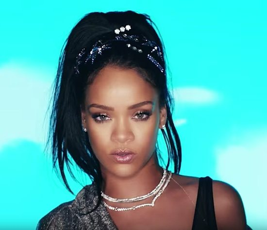 rihanna-this-is-what-you-came-for-screenshot-3