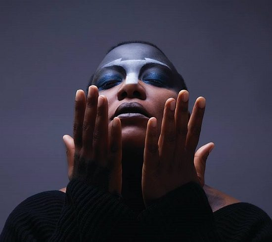 Meshell-Ndegeocello-Hands-Up-Makeup