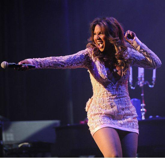 Toni-Braxton-Hits-Tour