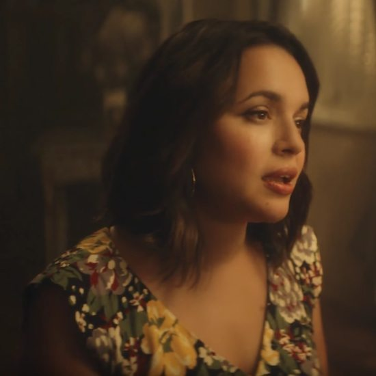 norah-jones-carry-on-screenshot