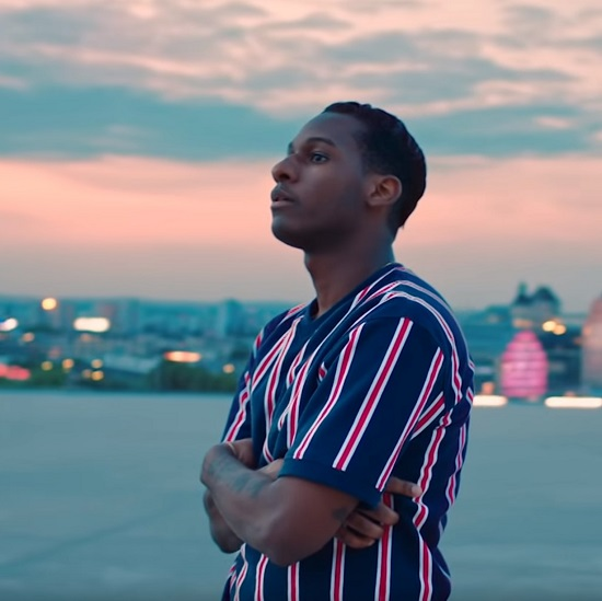 Coming Home Deluxe Leon Bridges: Leon Bridges Shows Off His Dance Moves In 'If It Feels