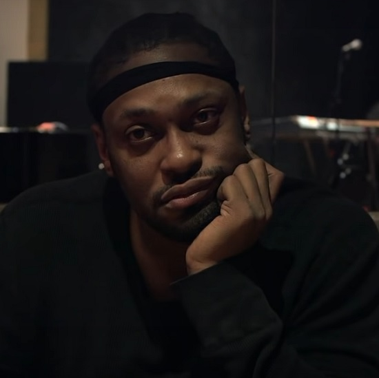 Get Your First Look At New D'Angelo Documentary 'Devil's Pie'