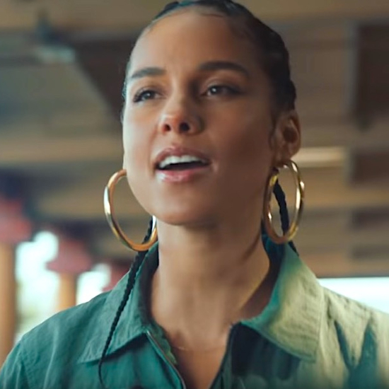 Alicia Stands Up For The 'Underdog' | SoulBounce