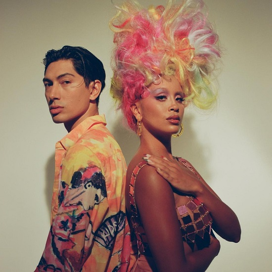 Lion Babe & Siimbiie Lakew Show Support & Love With 'Signs'