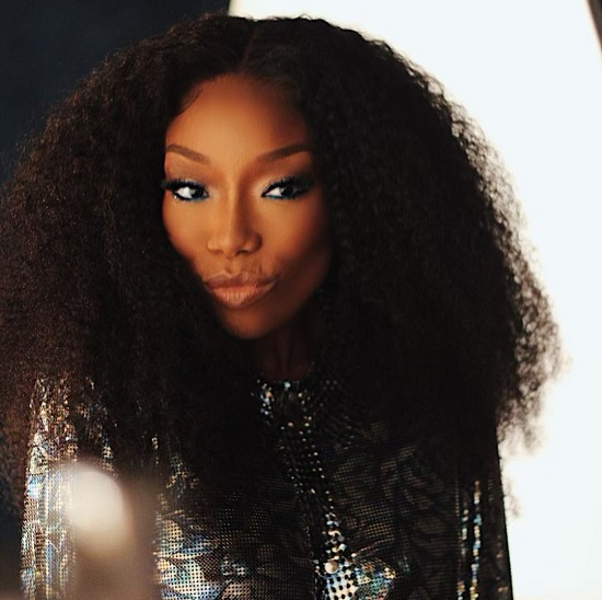 Brandy Gives 'Queens' Some Heart With 'Hear Me'