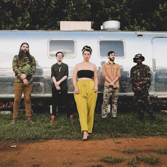 SoulBounce Exclusive: SunDub Take En Vogue's 'Don't Let Go (Love)' To The Islands